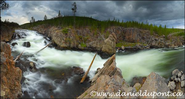 Riviere_Yellowstone_Pan_48_26-13-7914