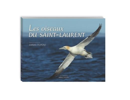 Le 12 août, j'achète un livre québécois